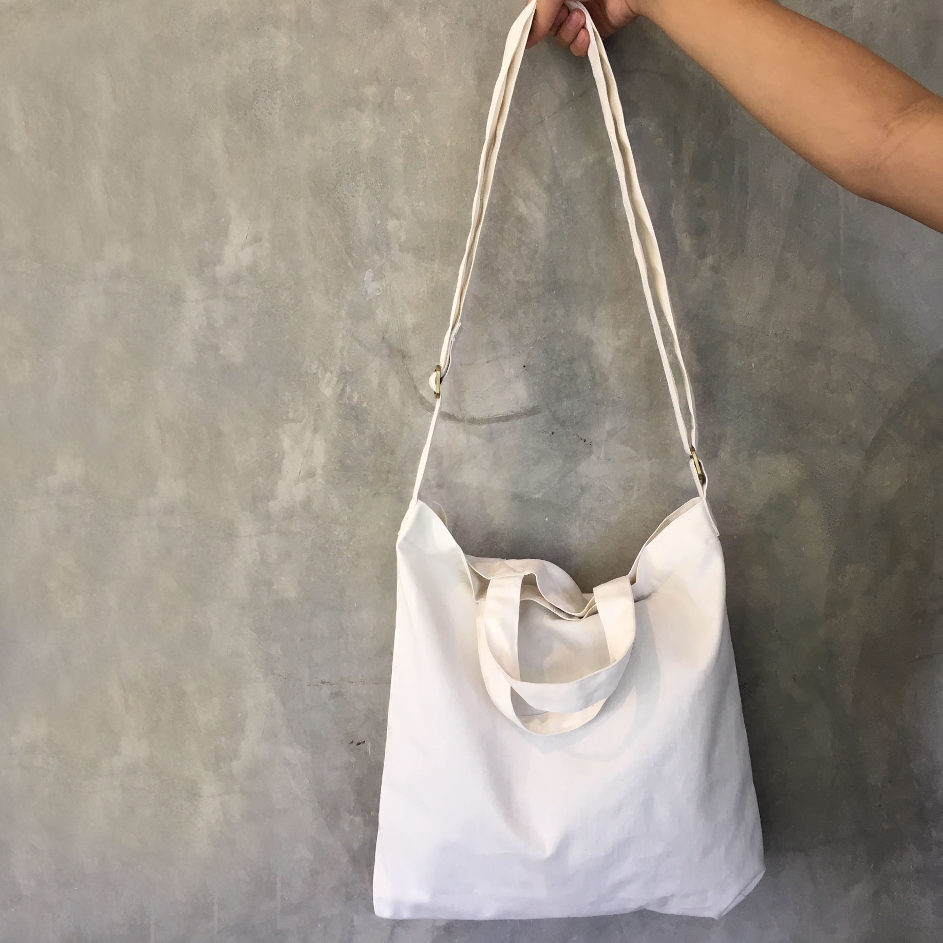 Practical men canvas tote