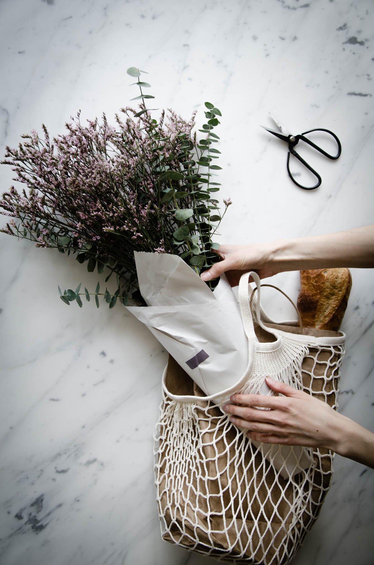 Stylish cotton mesh grocery bag example