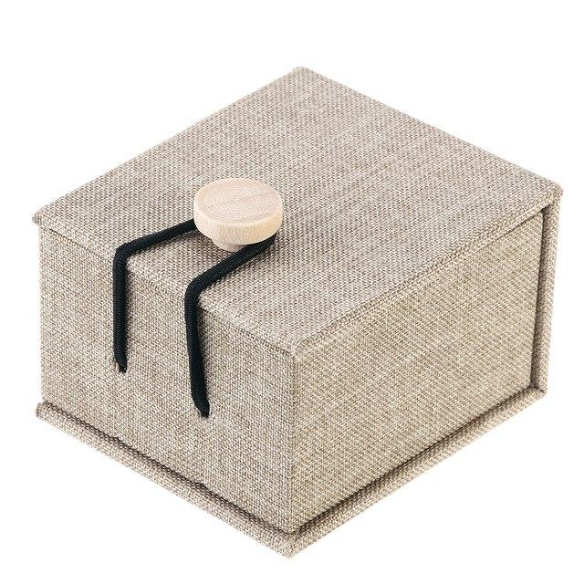 line jewelry box