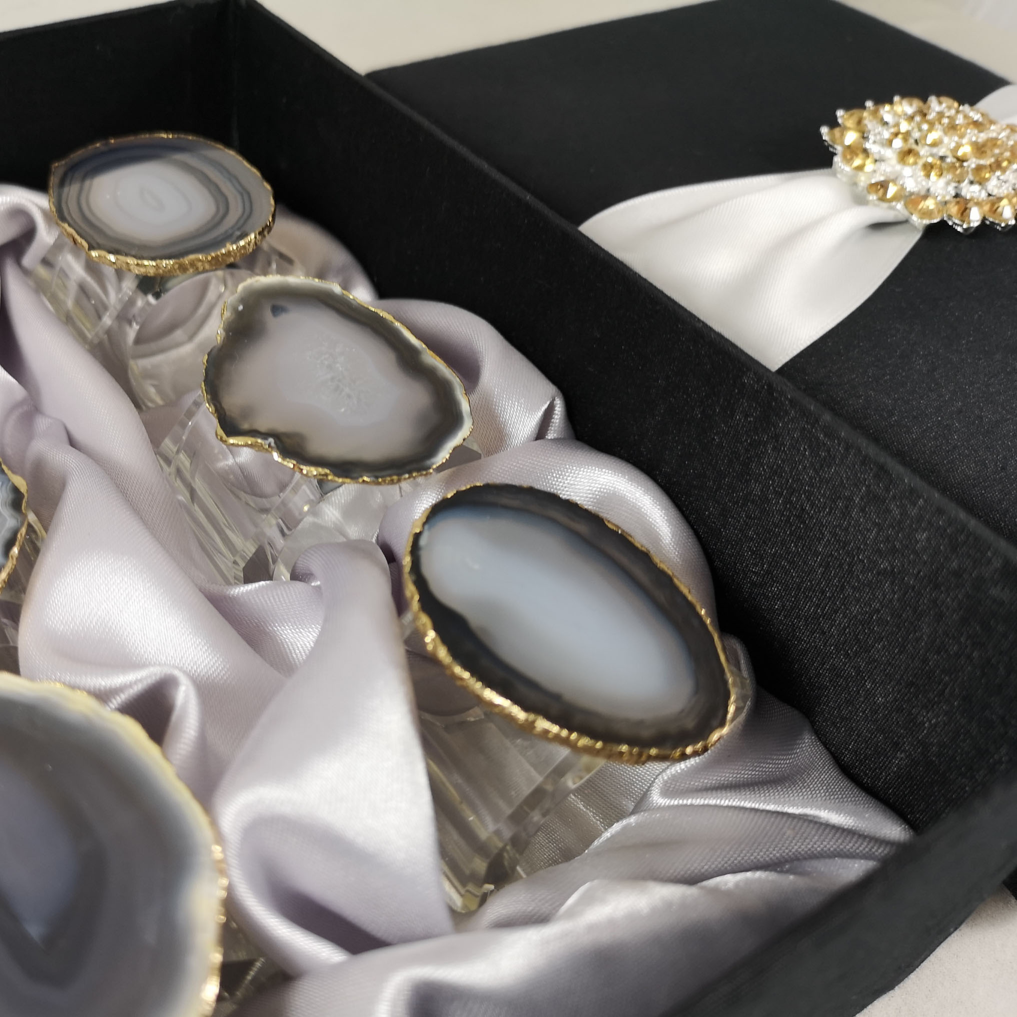 Brooch embellished elegant silk packaging box