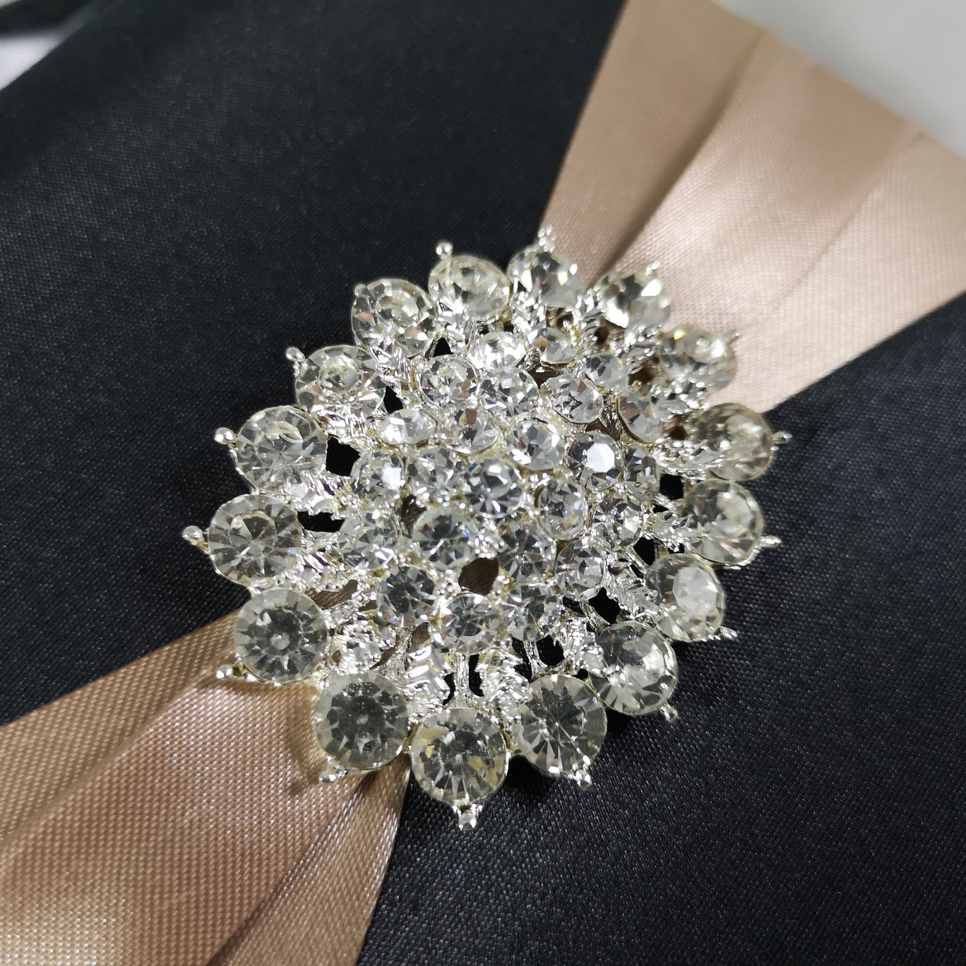 Large diamond brooch