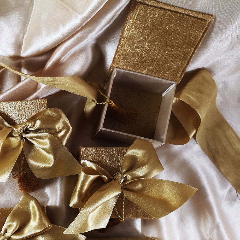 Gold velvet candy boxes