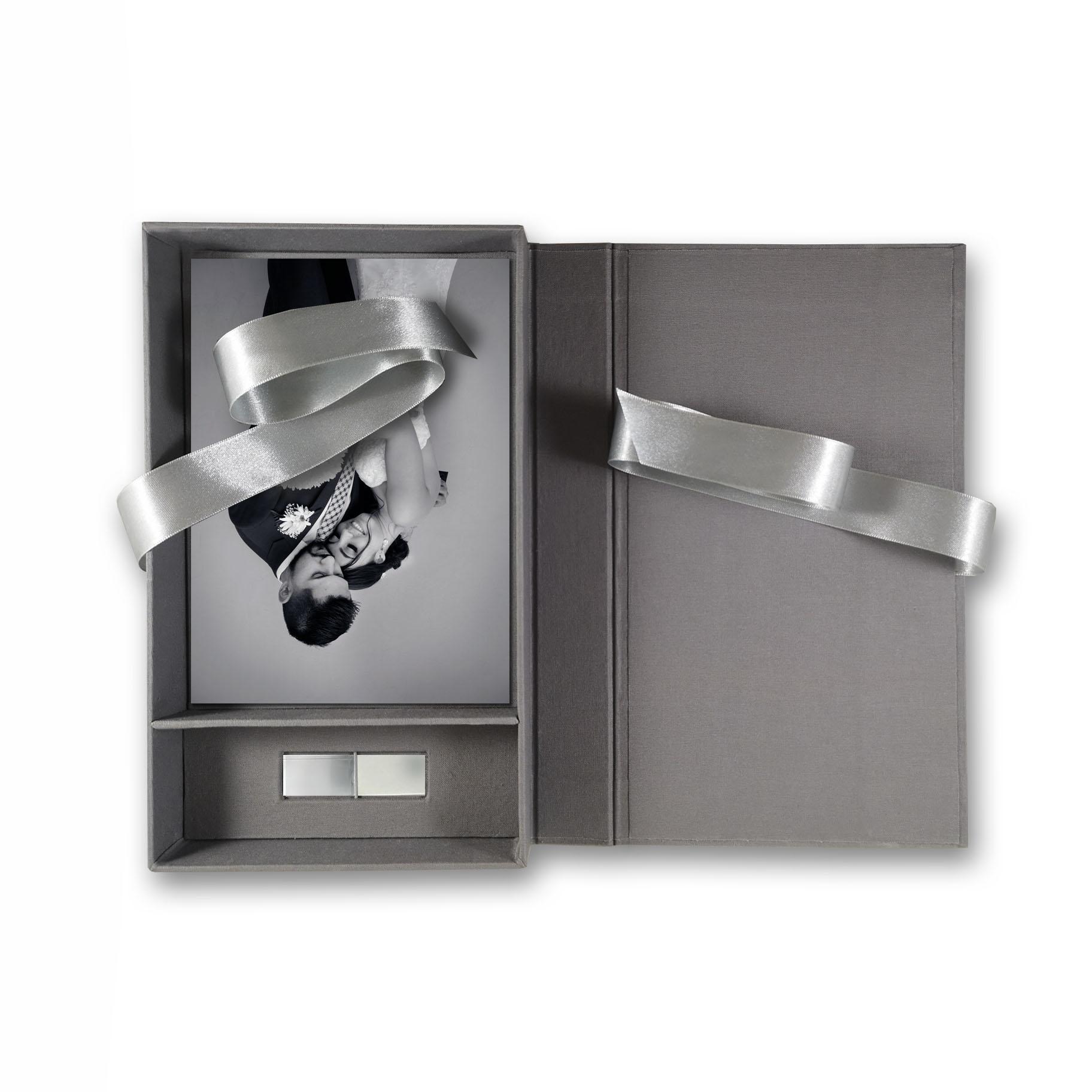 Linen USB stick box for photographer