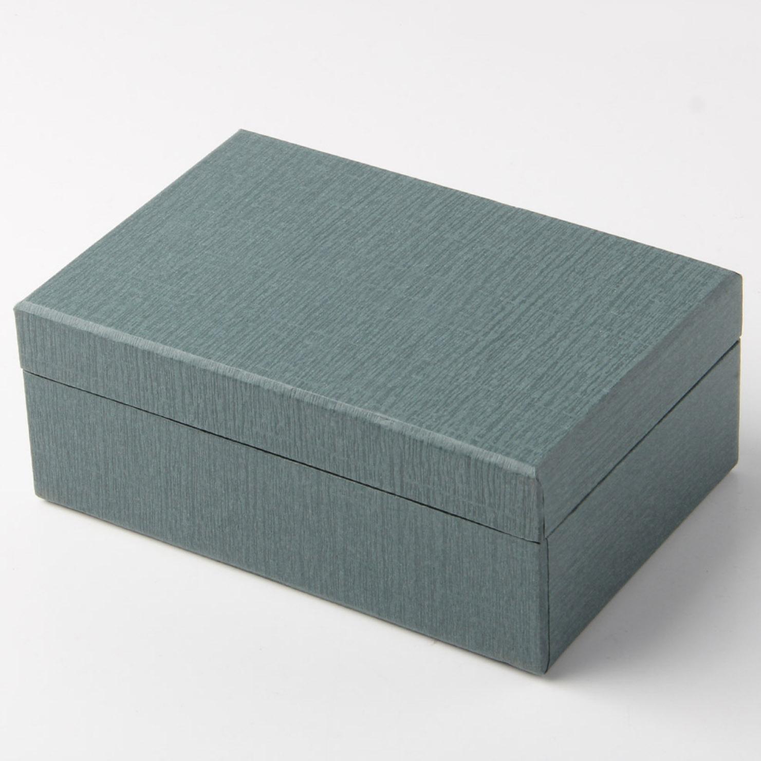 Premium paper boxes