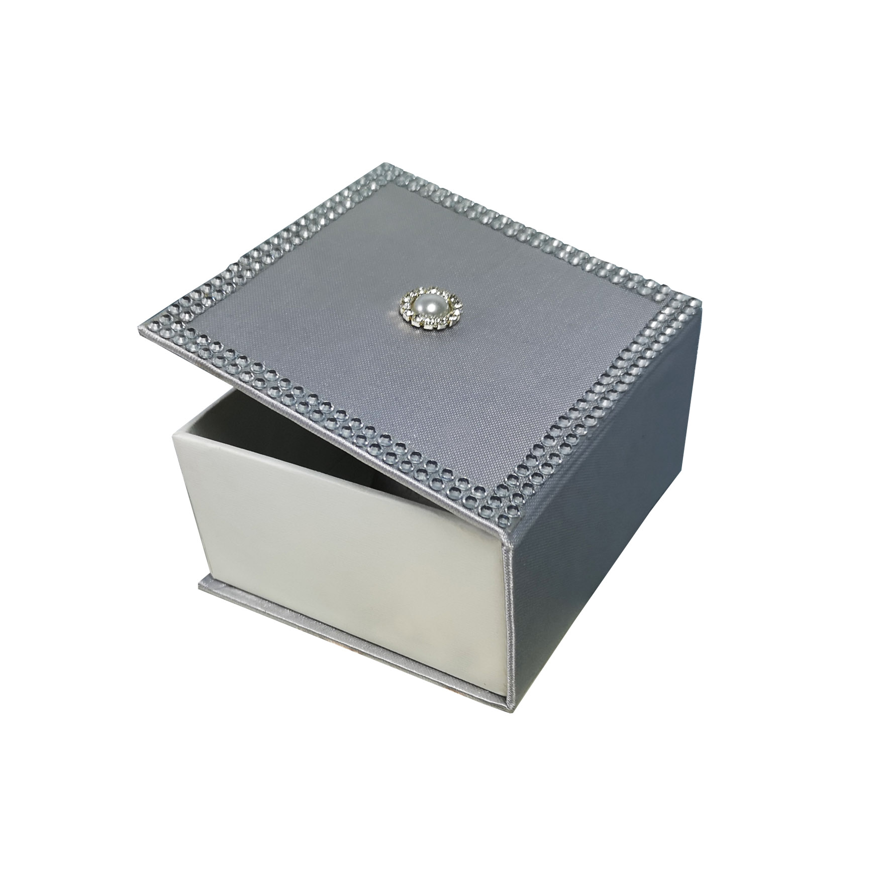 Silver crystal favor box